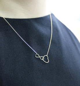 Aeon Necklace (When Worn) by Oro China Jewelry